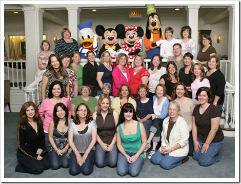 DD group photo at WDW