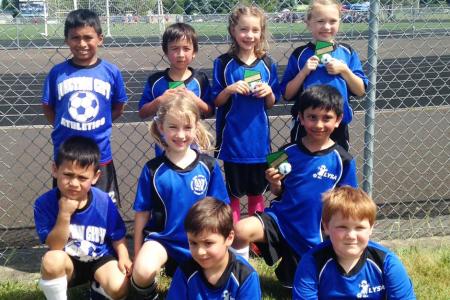 E's soccer team 2016